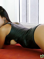 Tiniest Thai pornstar shows her softcore side and looks beautiful