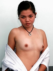 College girl flashing her tiny breasts and her neat shaved cunny