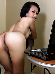 18yo May is naked and spreads her legs in front of her webcam to earn her pocket money