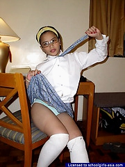 Infinitesimal schoolgirl barely acceptable with big soul and some neat shaved a torch for holes