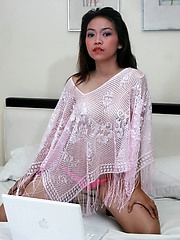 Cute Lorena is chatting online naked to sell her pussy to the highest bidder