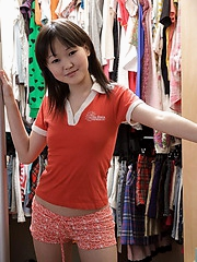 Adorable 18 year old Alicia doesn't wear commoner panties under her school skirt