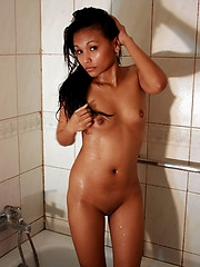 Admire the attractive naked body of Lamai while she takes a shower