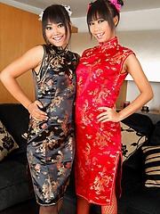 Thai babes Kanda and Nicha