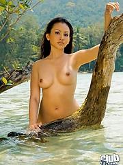 Stunning Thai girl Anya