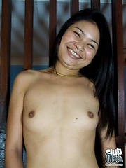 Nude Thai Ieng thugging panties