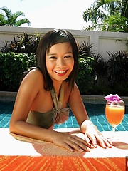 Thai babe Nicha in the pool