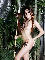 Thai Riyo posing nude in the jungle