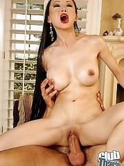 Ange Venus sucking and riding rod