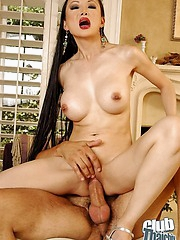 Ange Venus sucking with the addition of riding rod