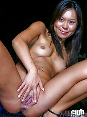 Kammy spreading shaved pussy outdoor