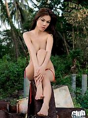 Gaffer Thai girl Miko posing