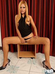 Blond Thai girl Linda stripping