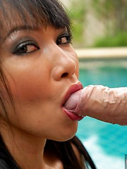Poolside sex with Mintra