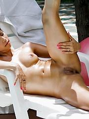 Petite and shaved Mekumi buck naked