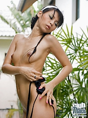 Sexy Thai laundry girl Mekumi