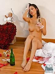 Thai bride Miko totally naked