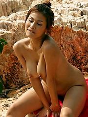 Thai Mary Ann fingering her pussy