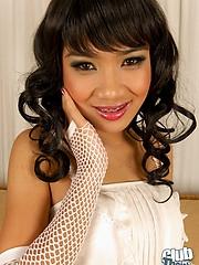 Cute Thai Sansanee stripping