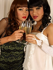 Thai party girls Mintra and Sansanee
