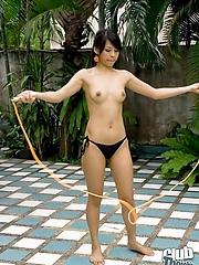 Petite Mekumi jumping rope