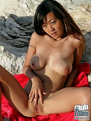 Outdoor mastubation with Akiko