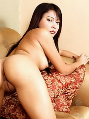 Mishael removes her overall to show her splendid body and her yummy bald pussy