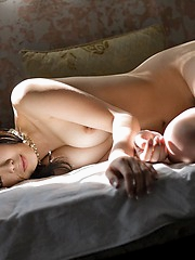 Japanese babe is a show off and flaunts her naked perfect body
