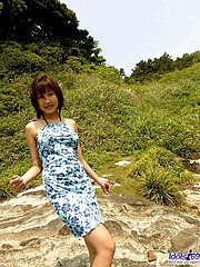 Keiko is a hot Japanese tramp who enjoys showing her body off outdoors