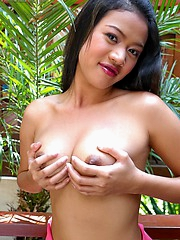 Valentine Yu is so hot and has the complete package