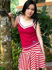 Gorgeous young Asian starlet Pam Pimol