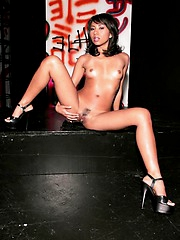 Sensational amateur asian model stripping on stage