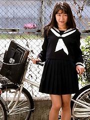 Hardcore Asian schoolgirl bondage