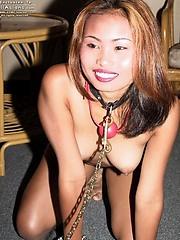 Kinky lesbian rubs partner hot sexy body
