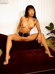 Juicy hot Asian gal Maja playing with her big tits